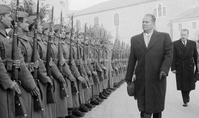 Slovenija tudi v najbolj »cvetočih« letih »bratstva in enotnosti« JLA ni povsem vzela za svoje.