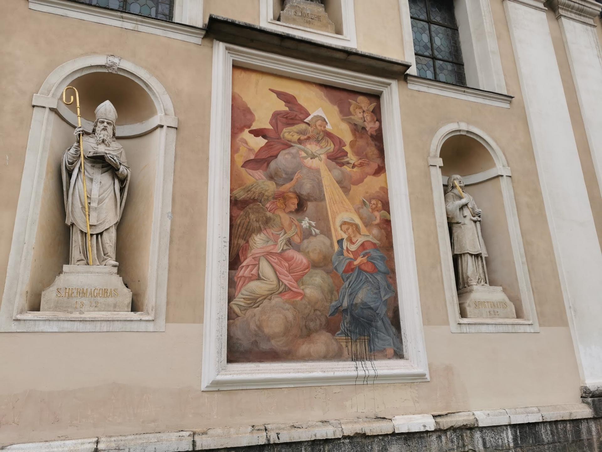 Cerkev in njeno uresničevanje verske svobode