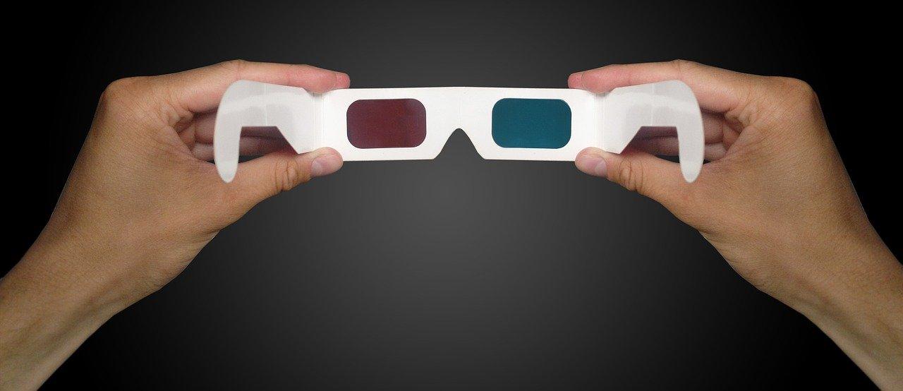 Navadna 3D očala.