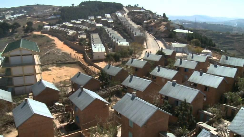 Opeka je smetišče spremenil v dom, ljudem pomagal k upanju in strehi nad glavo.