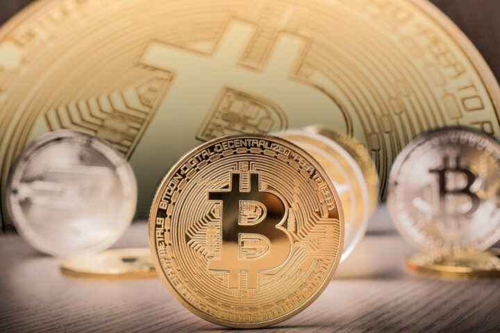 Nezamenljivi žetoni ali NFT so nov hit na trgu kriptovalut