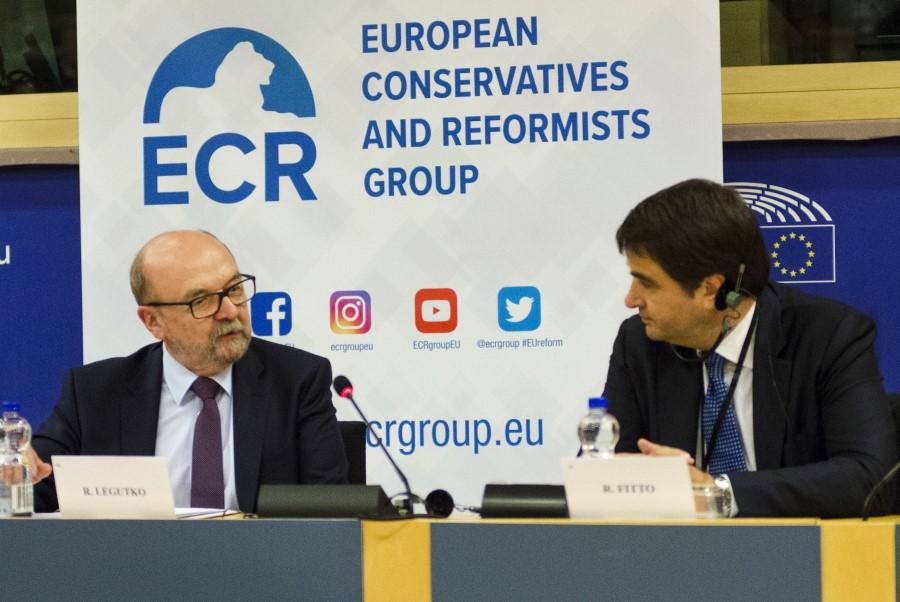 ECR je bila ustanovljena leta 2009 in je z 62 sedeži druga najmanjša skupina v Evropskem parlamentu.
