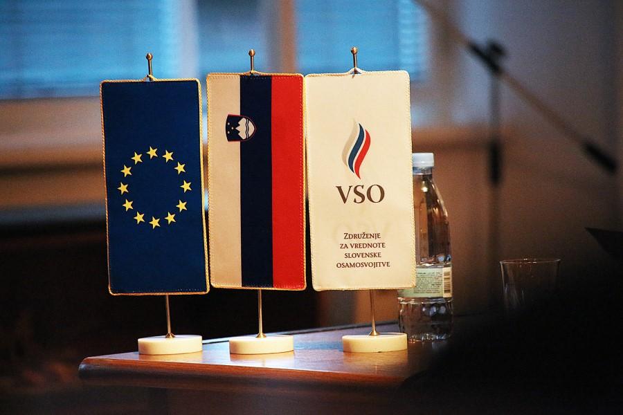 V kolikor bo Slovenija poskrbela vsaj za osnovne potrebe Slovenske vojske, potem lahko upamo, da bo vojska še naprej pomemben steber slovenske suverenosti. V kolikor pa se bo razoroževanje in poniževanje Slovenske vojske še naprej nadaljevalo, lahko kmalu ostanemo celo brez lastne države.