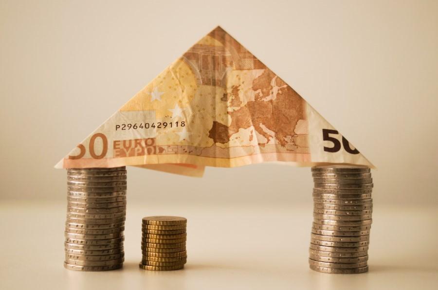 Kratkoročni in dolgoročni cilji za varčevanje.