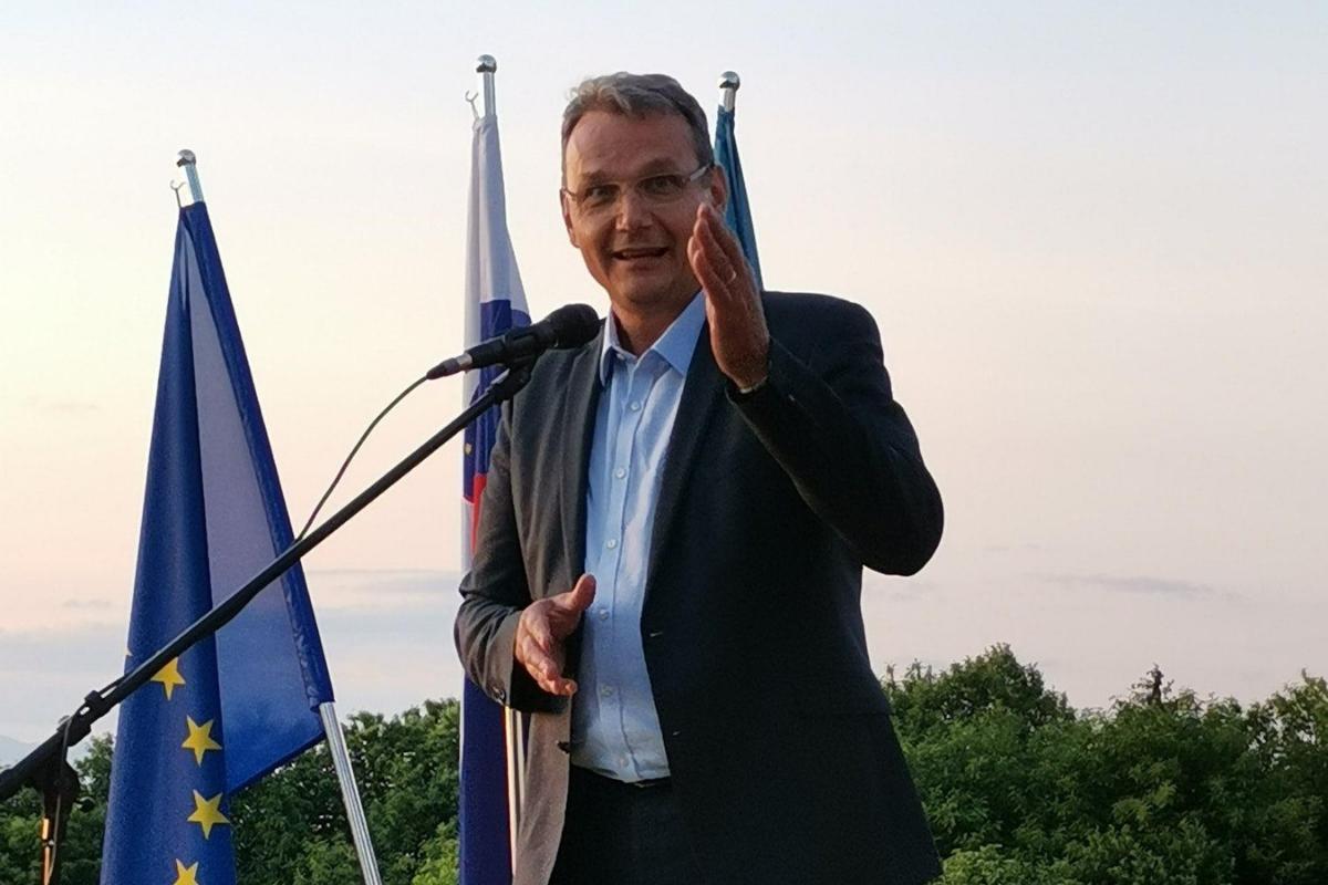 Marjan Podobnik: Kako daleč lahko poleti gibanje Povežimo Slovenijo (PoS)?