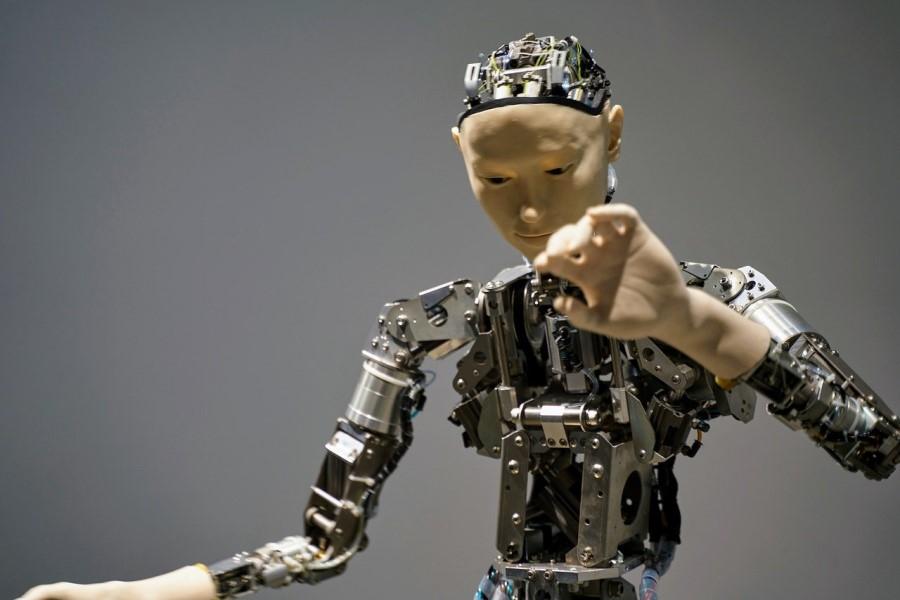 Nas bodo zamenjali roboti?