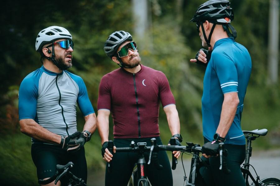 Skupinsko kolesarjenje.
