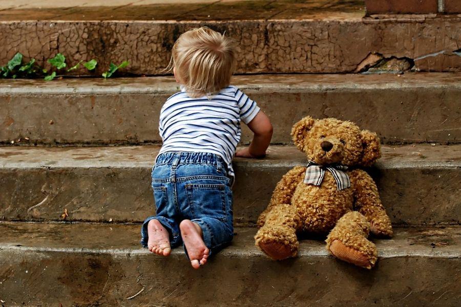 Otrok žensko spremeni v mamo, ter ji življenje postavi na glavo.