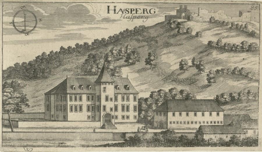 Italijani pa so navidezno mejo zarisali na zelo nenaraven način vse okoli Planinskega gradu (grad Hošperk), z namenom da bi omenjeni grad in veliki gozdovi, ki so gradu pripadali, postali del italijanskega ozemlja.