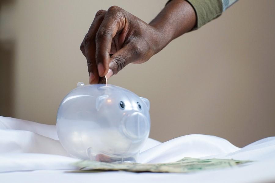 Osem preprostih korakov za varčevanje denarja v letu 2021