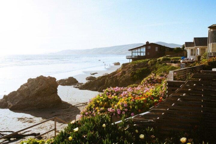 Vse kar morate vedeti o najemu apartmaja na obali
