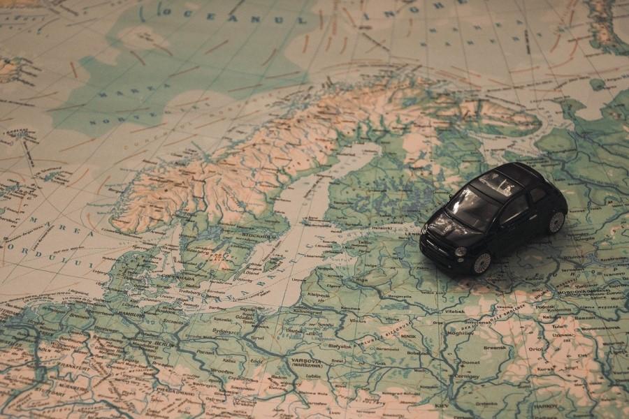 Če poznamo zemljepisno širino in dolžino lahko brez težav potujemo povsod.
