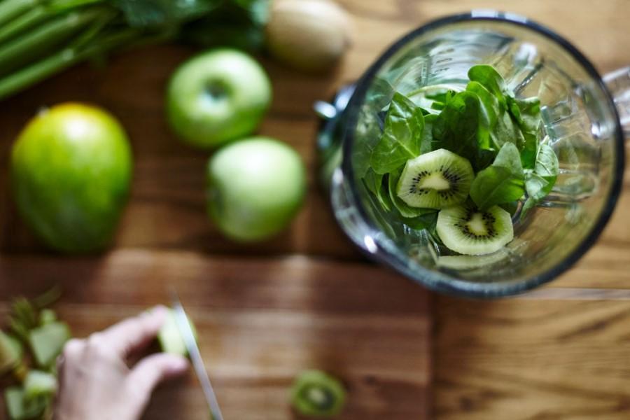 Iz domače kuhinje: Lahke jedi za razstrupljanje po praznikih
