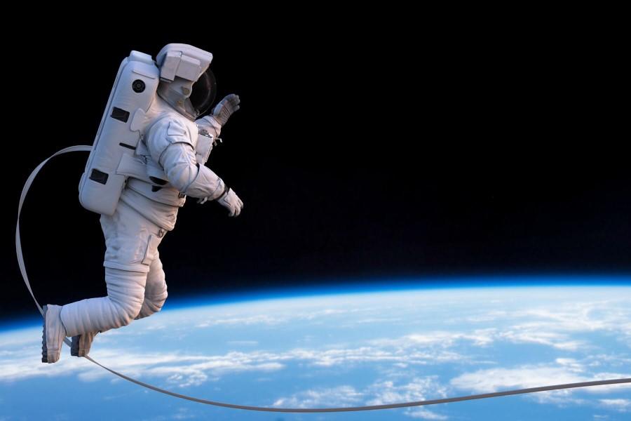 V vesolju bili že štirje astronavti s slovenskimi koreninami