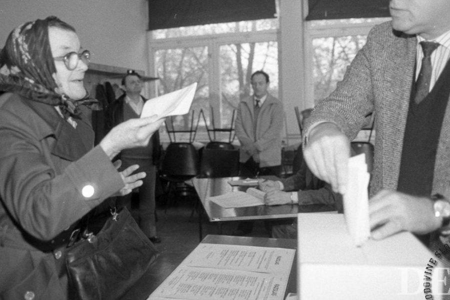 Prvi plebiscit za samostojno Slovenijo