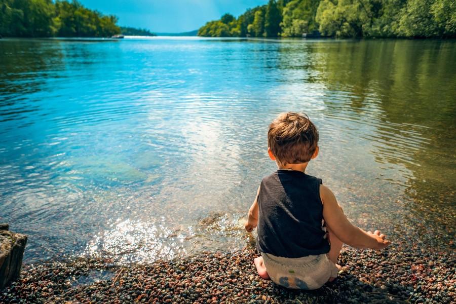 37. člen Zakona o vodah razdvaja državljane