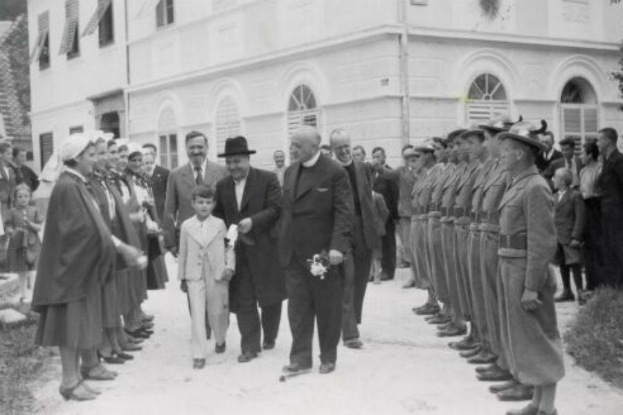 Čeprav je bila leta 1920 Koroščeva SLS na Slovenskem na volitvah v vlado poražena, je dosegla dober rezultat na lokalnih volitvah 1921. Leta 1924 je tudi na državni ravni ponovno zmagala in Korošec je postal podpredsednik vlade. Vir slike: Svobodnaslovenija.