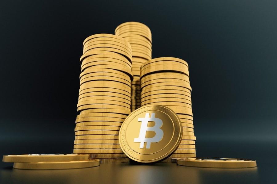 Bitcoin je v 24 urah še vedno izgubil približno 70 milijard dolarjev tržne vrednosti.