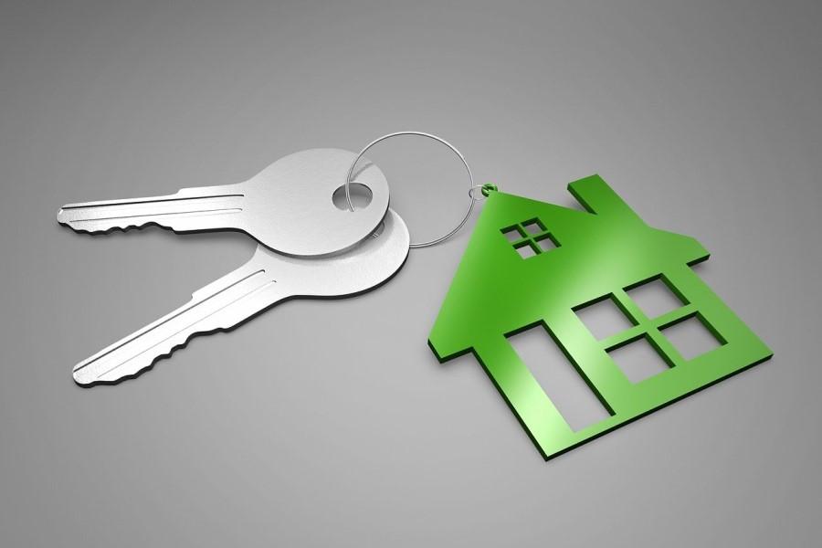 Lansko leto je prišlo do upada fiksnih obrestnih mer za stanovanjske kredite. Obrestna mera je z 2,7 odstotka upada na 2,4 odstotka.