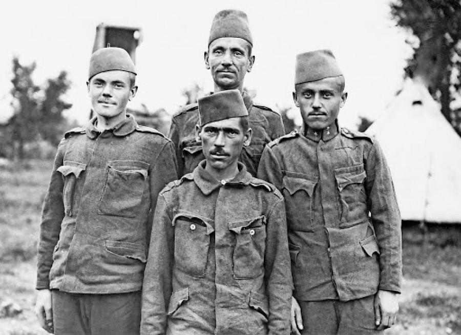 Slovenec je priznal, da ni nujno, da so bili podatki čisto korektni, a v kolikor so bili, je bilo spomladi leta 1921 v Evropi kar 3 milijone vojakov.
