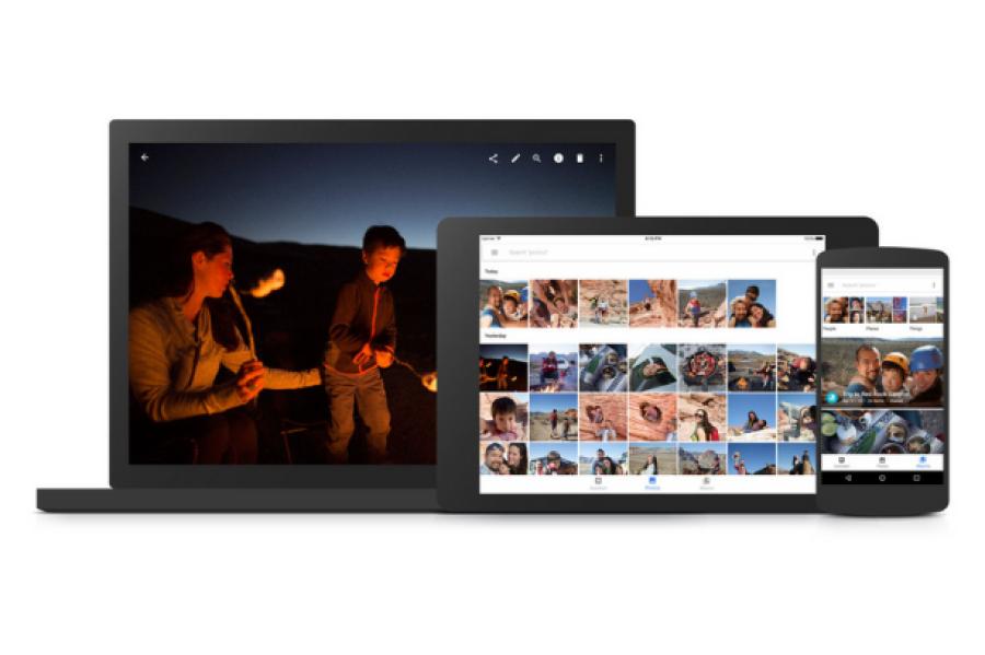 Na računalniku dostopate do Google Foto na enak način kot do Google Gmail, samo zavihek kliknete.