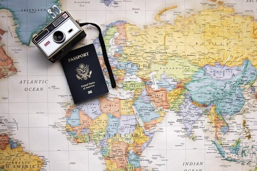 V obdobju od 13.3.2020 do 3.5.2021 so bile zaradi stečaja odvzete licence desetim turističnim agencijam, ostale licencirane turistične agencije so v povprečju sporočile, da se z dejavnostjo organiziranja in prodaje ne bodo več ukvarjale oziroma, da so prenehale delovati na tem področju