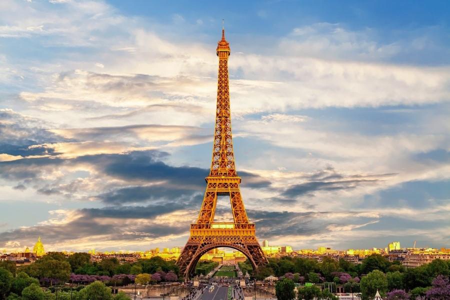 Zaradi vpliva epidemije, ki se še posebej odraža v turizmu, so se nekatere turistične agencije odločile za vrnitev licence.