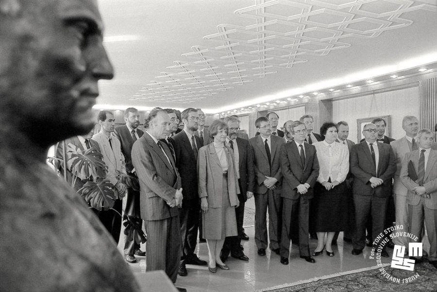 Poleg zmage v vojni za Slovenijo je bil to eden glavnih dosežkov takratne slovenske vlade.
