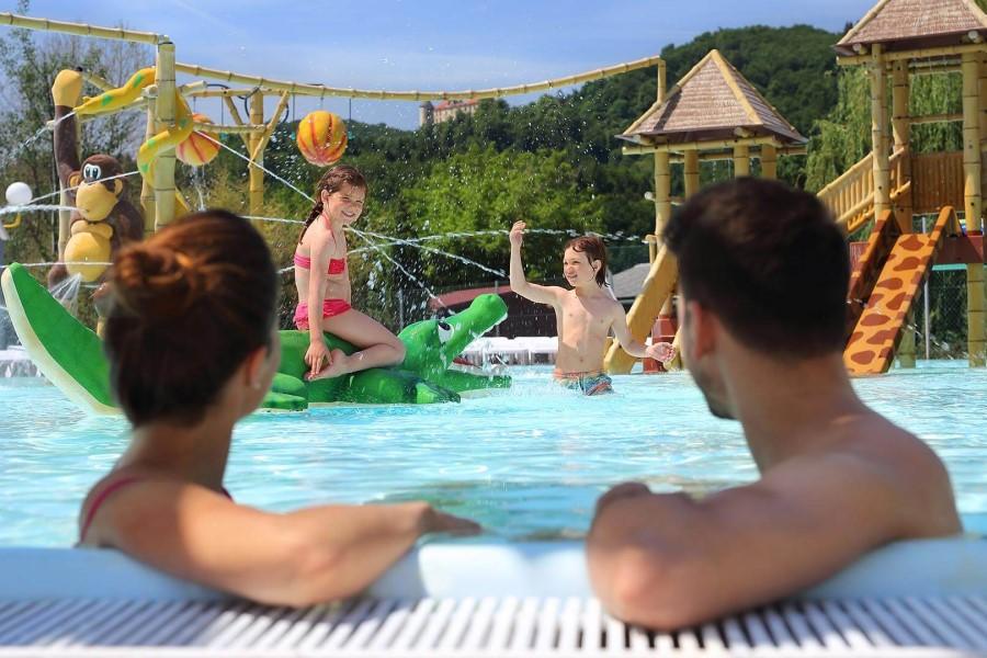 Od ponedeljka dalje bo mogoča tudi dostopnost bazenov za vse goste, ki izpolnjujejo pogoj PCT, le do 75 % zasedenosti razpoložljivih kapacitet.