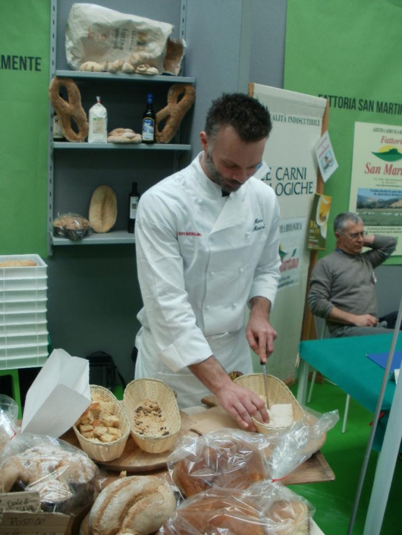 Eko kruh morajo vzhajati z droži.