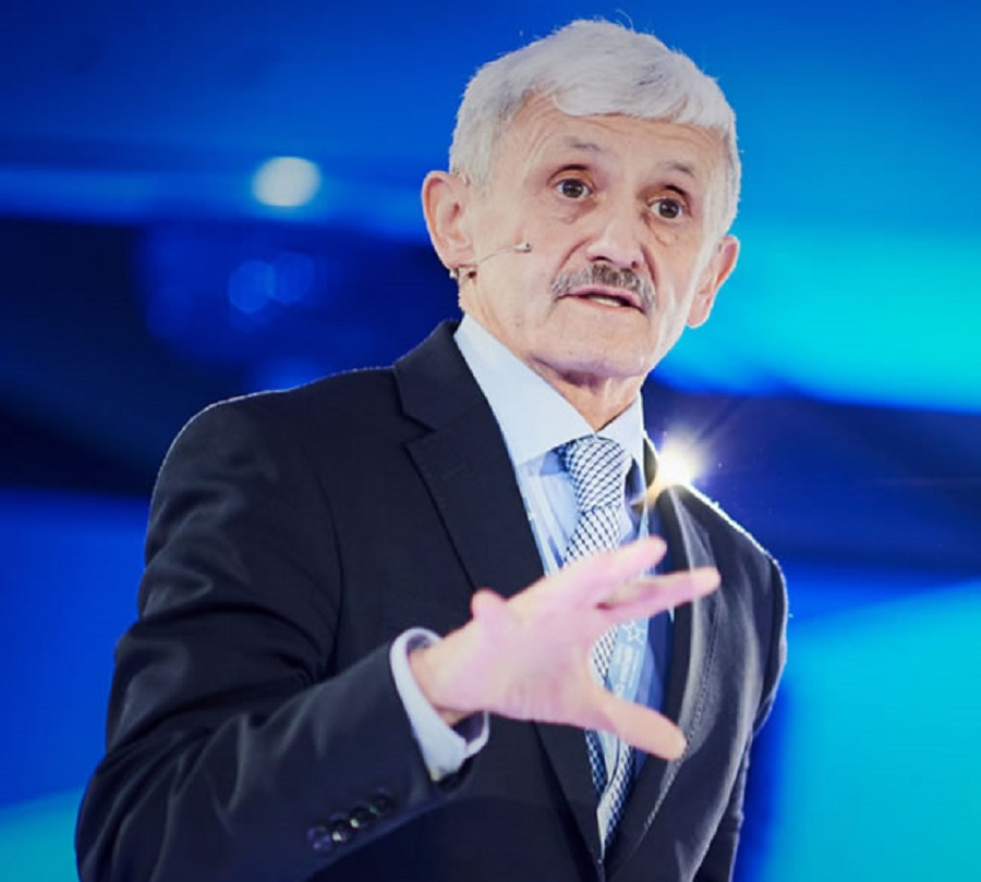 Predsednik WMCES in nekdanji predsednik slovaške vlade gospod Mikuláš Dzurinda. Vir slike: Martens Center.