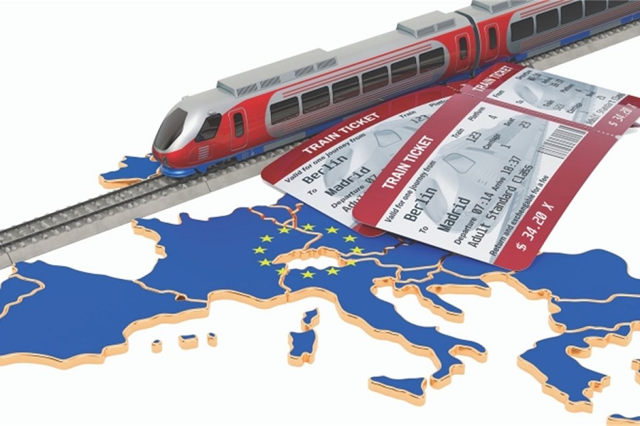 Povečanje železniškega tovornega in potniškega prometa v EU je ključno za zmanjševanja količine izpustov toplogrednih plinov. Vir slike: Adobe stock.