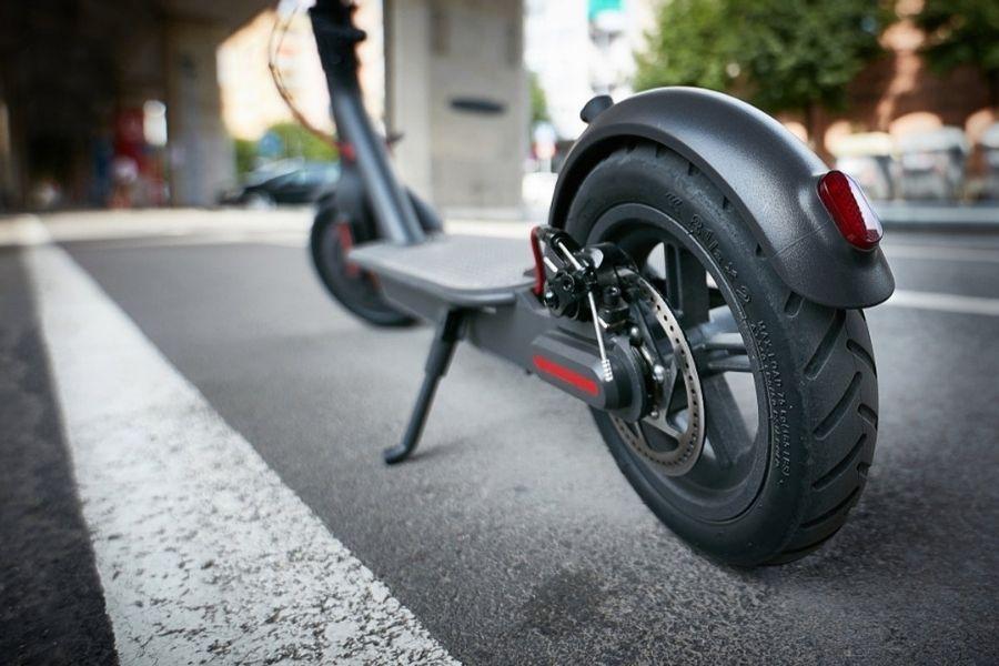 Nova pravila v cestnem prometu tudi za skiroje in avtomatizirana vozila