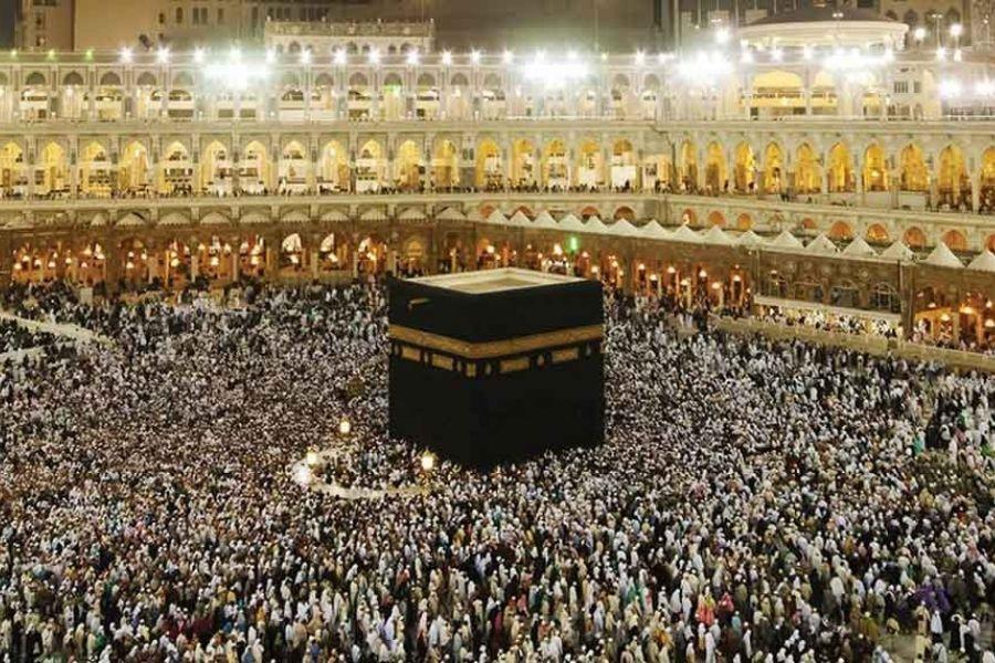Zahod islama in sploh dejstva, da obstajajo tudi druge civilizacije, ne razume. Vir slike: splet.