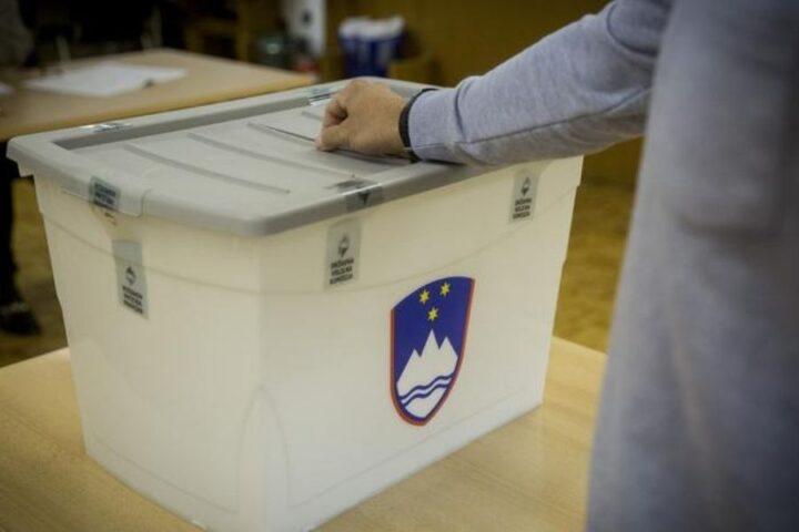 Se po naslednjih državnozborskih v Sloveniji obetajo spremembe? Gibanje PoS je po javnomnenjski anketi Parsifala že na petem mestu